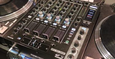 table de mixage Reloop